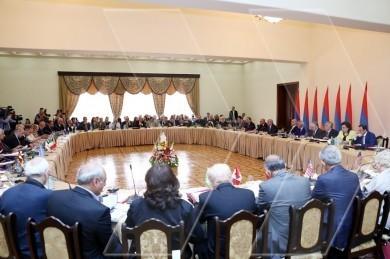 Hayastan' All-Armenian Fund Board of Trustees convenes annual meeting