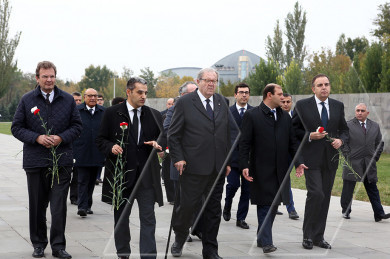 The Prince and Grand Master of the Sovereign Military Hospitaller Order of Malta visited the Armenian Genocide Memorial Complex