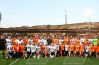 Football legends match took place at the Vazgen Sargsyan Republican Stadium