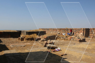 Erebuni Fortress archaeologists discover new temple