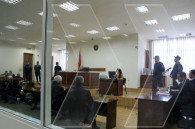 Из-за отсутствия адвоката Хачатурова заседание суда отложили