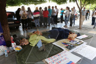 People wishing to return to Russia go on hunger strike outside Armenian government