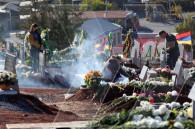 Воинский пантеон «Ераблур» в Ереване – в дыму от ладана