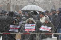 Акция протеста у здания суда в Ереване: «Освободивших Шуши судят сдавшие Шуши»