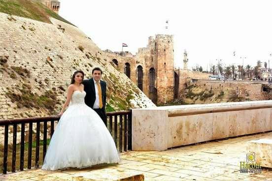 Армянская пара из Алеппо посвятила свою свадебную фотосессию освобождению сирийского города