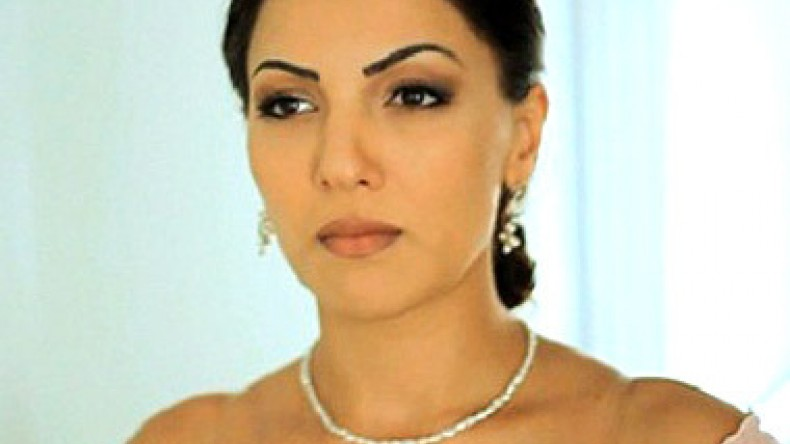 golie-foto-anzhela-sarkisyan