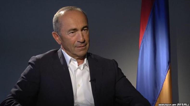 Правоохранительные органы ищут человека, бросившего гранату во двор особняка второго президента Армении Роберта Кочаряна