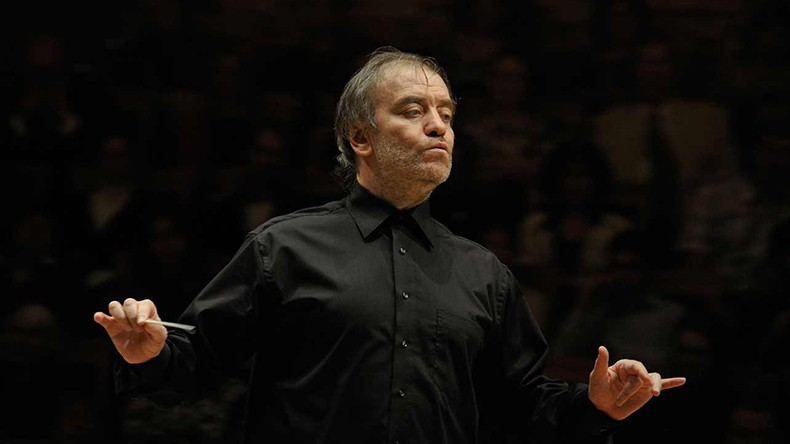 Оркестр Мариинского театра под управлением Валерия Гергиева даст концерт в сирийской Пальмире