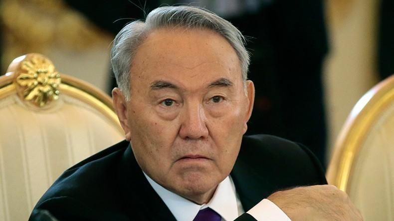 В Казахстане налицо признаки «цветных революций»: Назарбаев спасает имидж стабильности