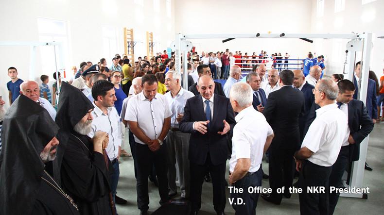 НКР: в селе Гиши и городе Чартар открылись новые спорткомплексы имени Монте Мелконяна