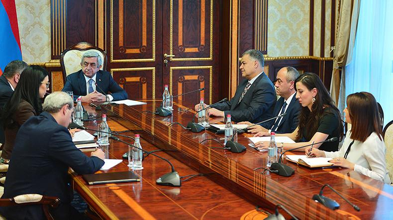 Серж Саргсян поручил начать широкомасштабную реформу системы государственной службы