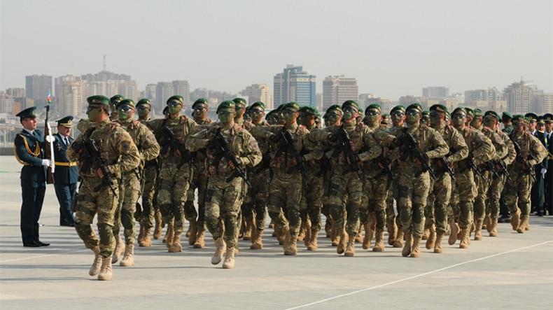 CDSI: В Азербайджане ситуация в сфере социальной защиты военнослужащих за 2017г. ухудшится