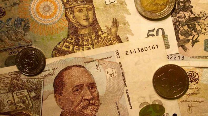 Власти Грузии запретили сделки купли-продажи товаров и услуг в иностранной валюте