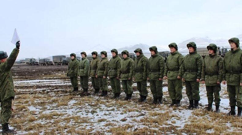На российской военной базе в Армении проходят командирские сборы