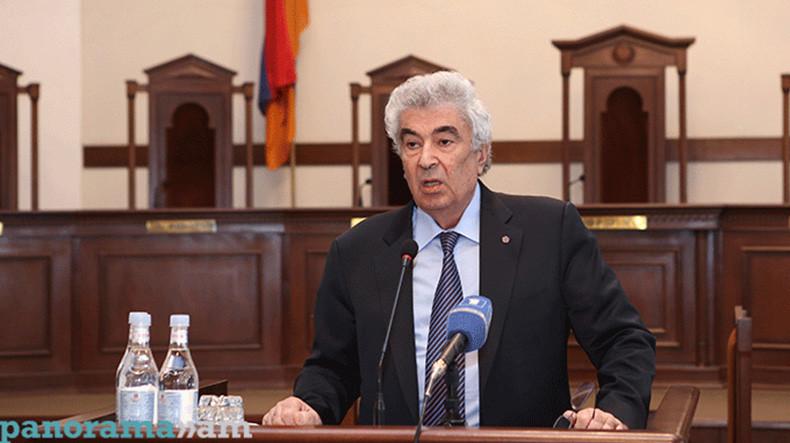 Картинки по запросу председателя ВСС Гагика Арутюнян