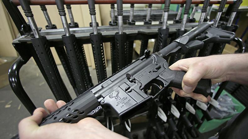 В американском штате Флорида приняли закон, разрешающий учителям носить оружие