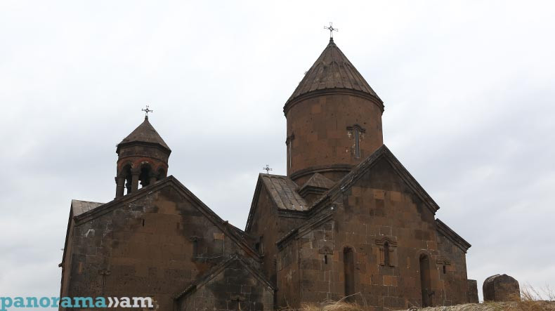 Статья в журнале «Аврора»: Армения – станет настоящим открытием для каждого