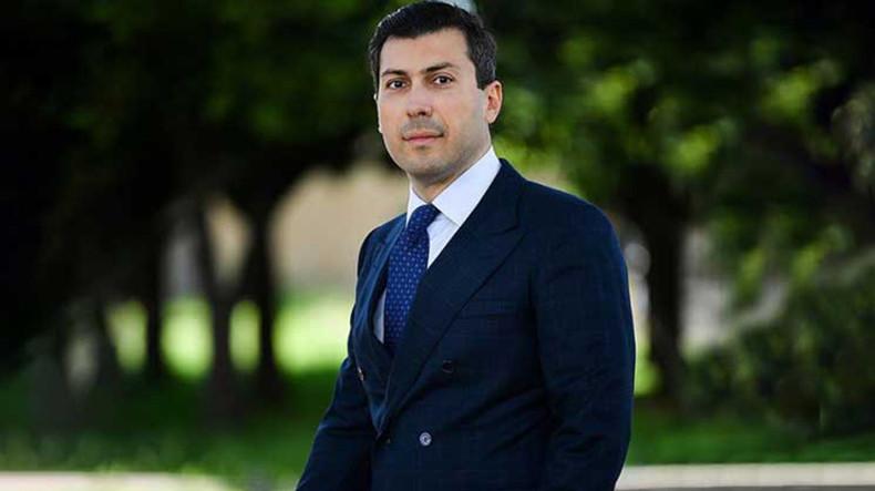 Микаел Минасян: Если убрать компонент арестов, то из «революции» ничего не останется