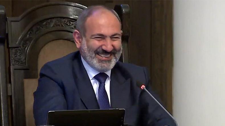 Премьер Армении: Иногда представители нашей партии такое несут – что хоть открывай окно и…