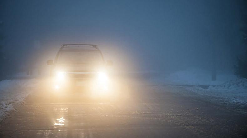 Автодорога Сотк-Карвачар в Армении труднопроходима для грузовиков