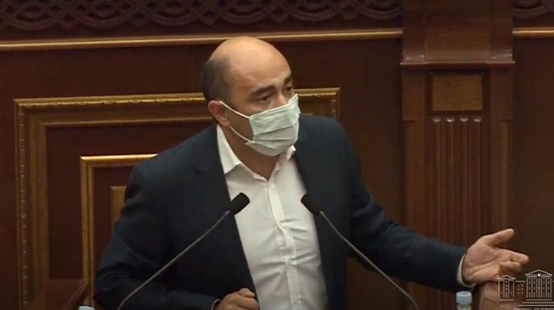 Армения должна рассмотреть вопрос признания независимости Арцаха – Эдмон Марукян