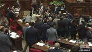 Ծեծկռտուք ԱԺ-ում. Սասուն Միքայելյանը հարվածեց Էդմոն Մարուքյանին