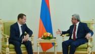 Նախագահ Սերժ Սարգսյանն ընդունել է Ռուսաստանի կառավարության նախագահ Դմիտրի Մեդվեդևին