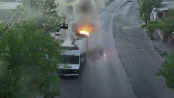 Զինված խումբն այսօր այրել է ՊՊԾ գնդի 3 ծառայողական մեքենա