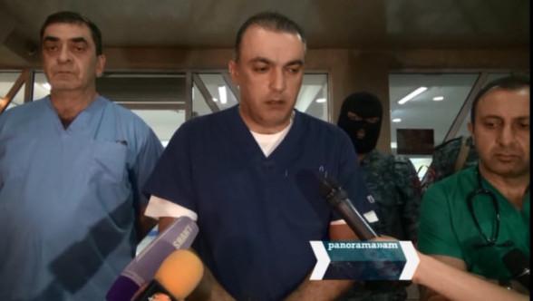 Պավլիկ Մանուկյանի ու նրա որդու վիրահատությունն ավարտվել է. նրանց վիճակը գնահատվում է կայուն ծանր