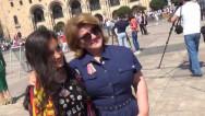 Первая леди Армении Рита Саргсян пообщалась с рисующими на площади детьми