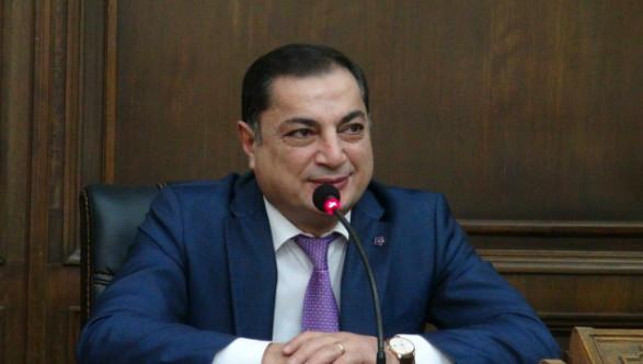 В.Багдасарян: В сложившейся ситуации встреча по Карабаху к прогрессу не приведет