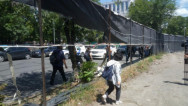 Ակցիայի մասնակիցները պատռեցին այգու տարածքն առանձնացնող պաստառները