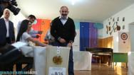 Վարչապետ Նիկոլ Փաշինյանը քվեարկեց