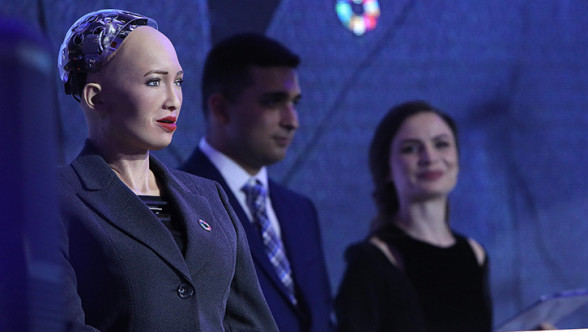 Humanoid robot Sophia is in Armenia
